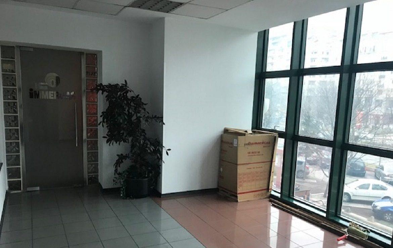 Bucuresti centru, inchiriere spatiu comercial Bld. Unirii, poza vitrina