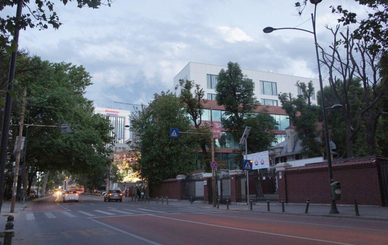 Bucuresti centru, inchiriere spatiu comercial Piata Romana, imagine strada